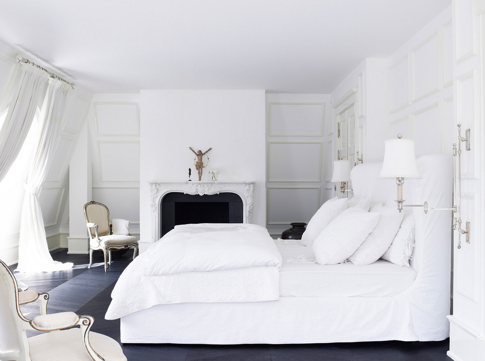 White bedroom design idea black furniture