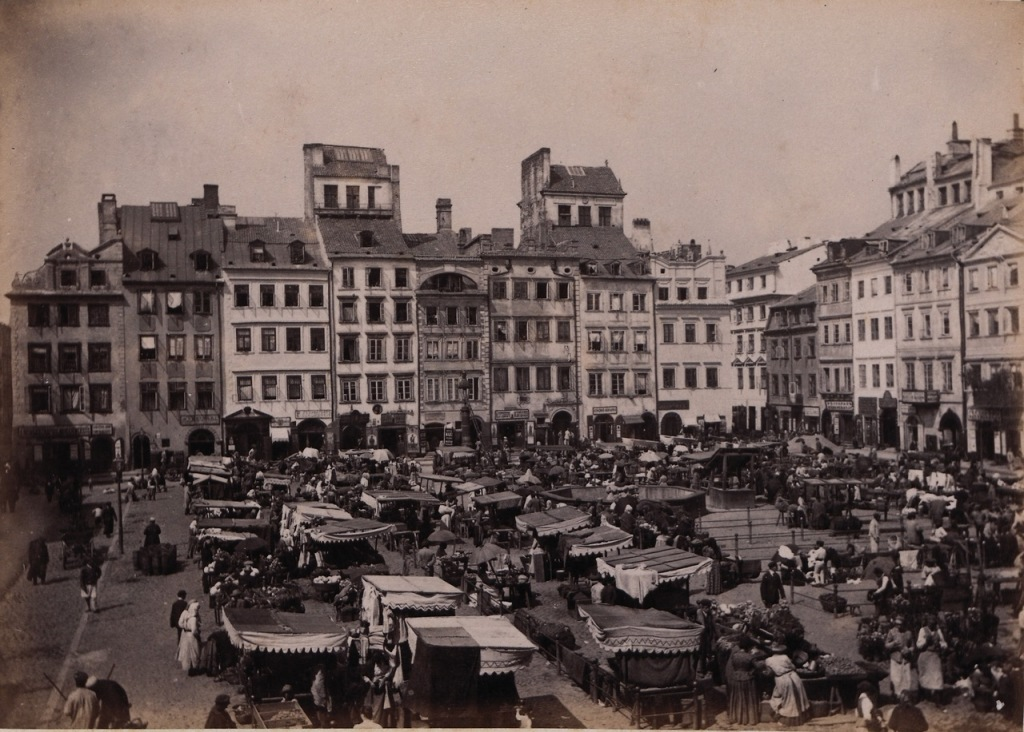 The Effect of the Third Reich on Warsaw and Its Uprising Into a Sprawling City