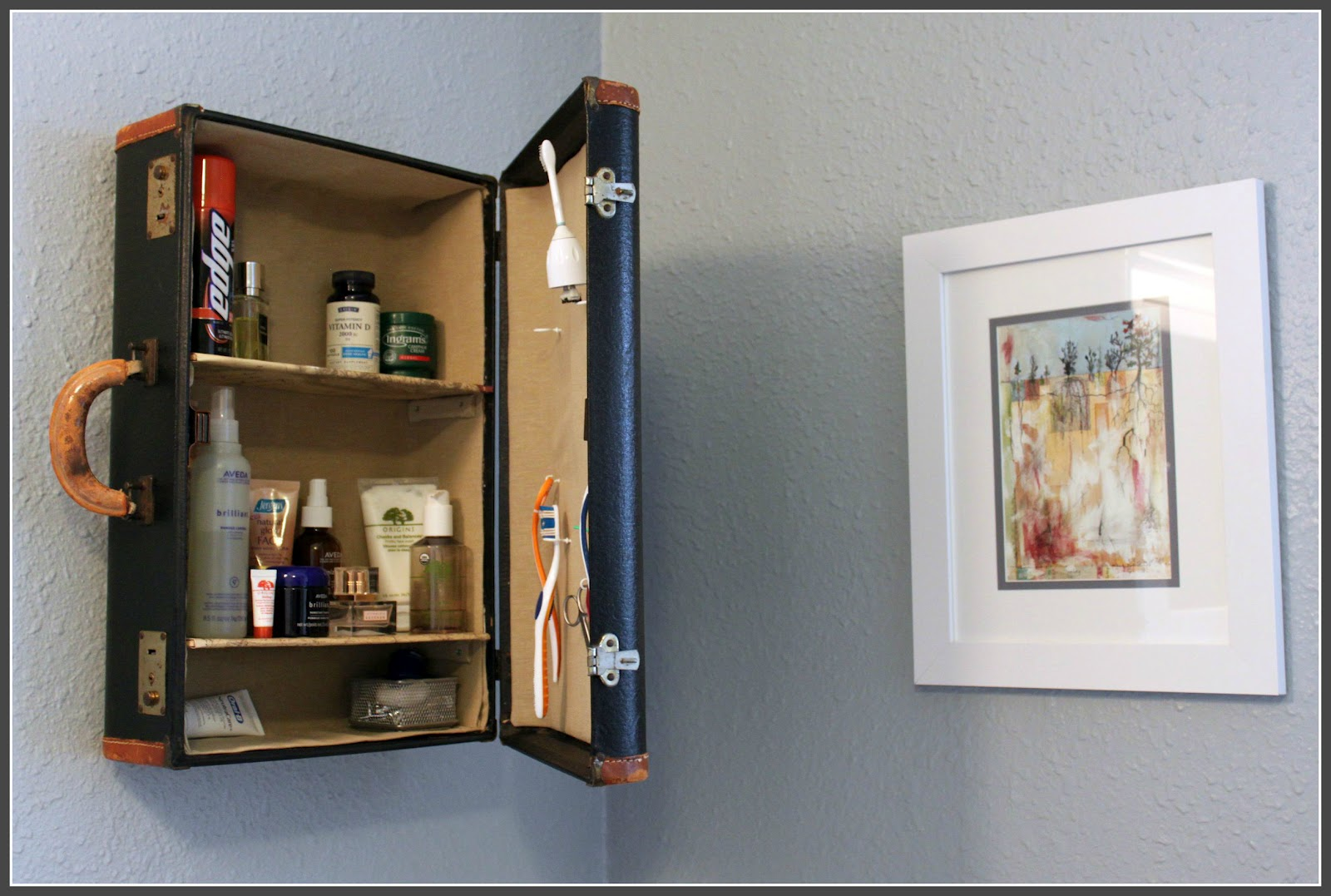 Suitcase Shelf Creative DIY Ideas