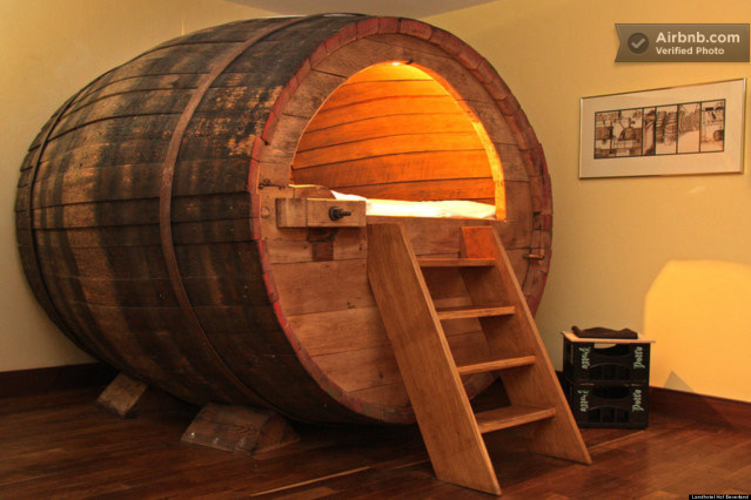 barrel bed