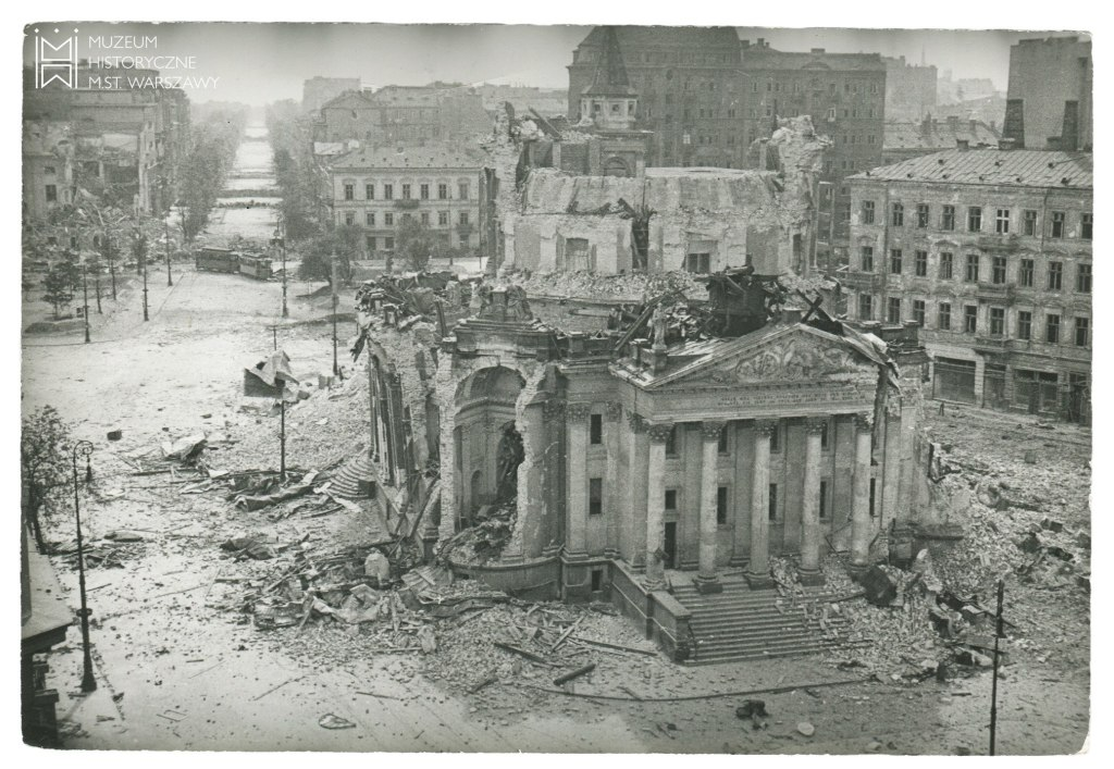 Numerous buildings and squares were destroyed