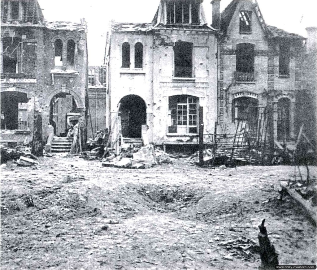 Houses in the center of the town suffered greatly from the aerial bombing and shelling.