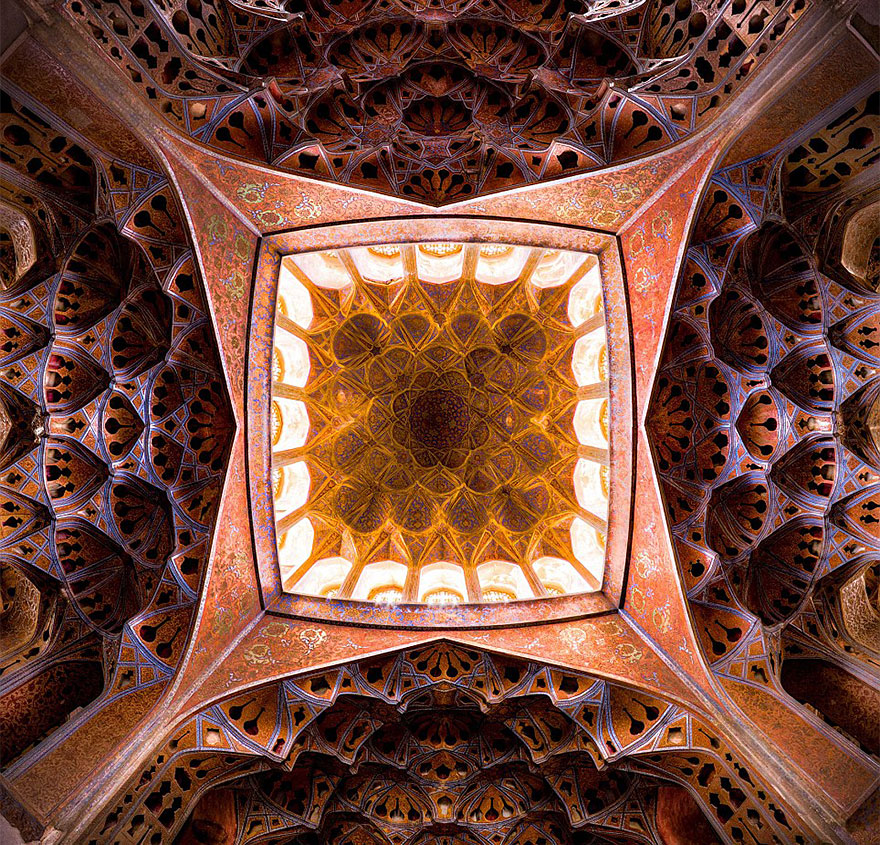 Colorful Exorbitant Level of Detail in Iran's Mosques Captured By Mohammad Domiri