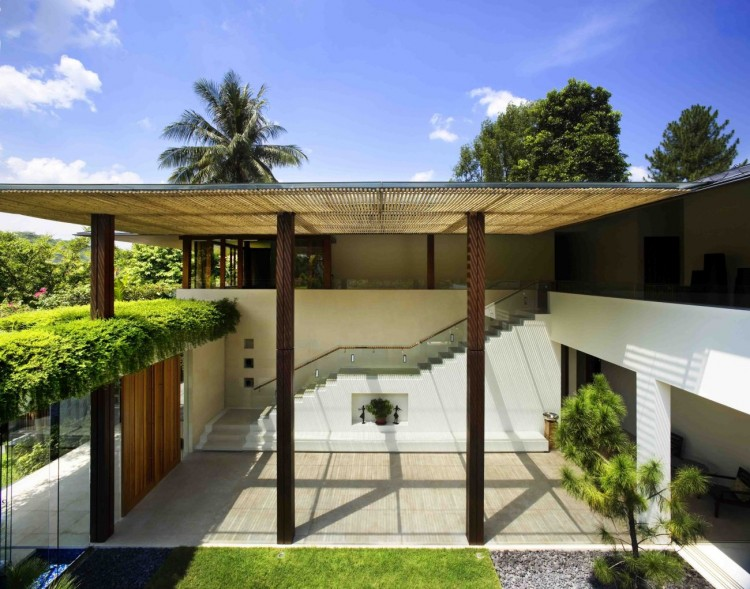 Dream Home Nestled in Vegetation by Guz Architects-Tangga House in Singapore