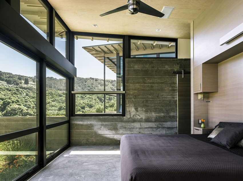 Raw Exposed Concrete Home in Perfect Scenery-Butterfly House by Feldman Architecture