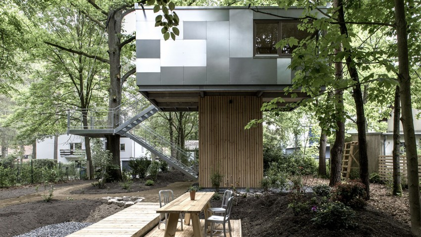 high end Superb Urban Treehouse Surrounded by Forest in Berlin Germany