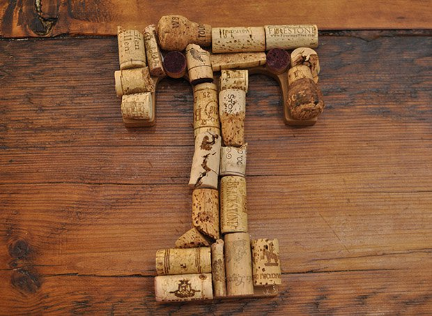 15 Easy DIY Ideas To Reuse Corks-homesthetics