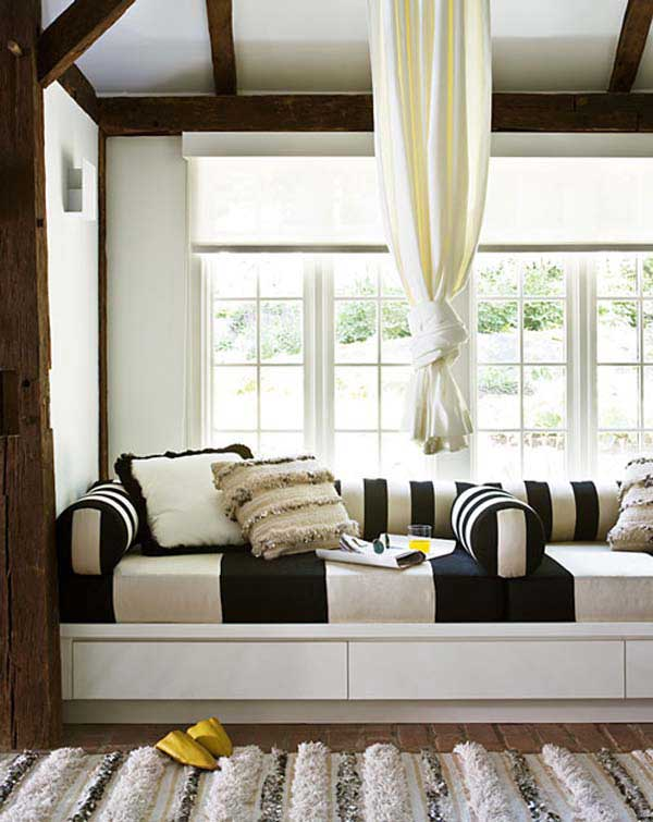 white color window seat | 14 Beautiful Window Seats and Nooks You Will Adore