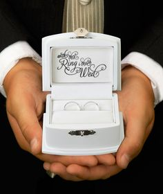 Wedding bands box