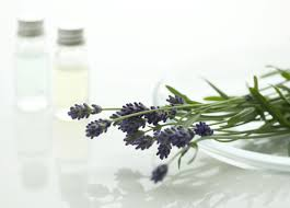 8 DIY Natural Home Cleaners Made From 5 Simple Ingredients-homesthetics (4)