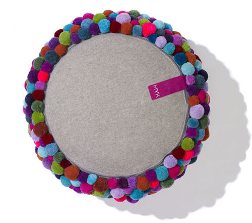 Cute colorful DIY Pom-Pom Crafts and Ideas-homesthetics (5)