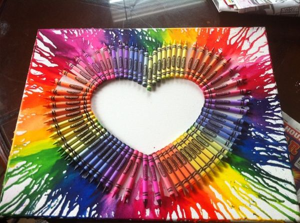 diy melted crayons wall art