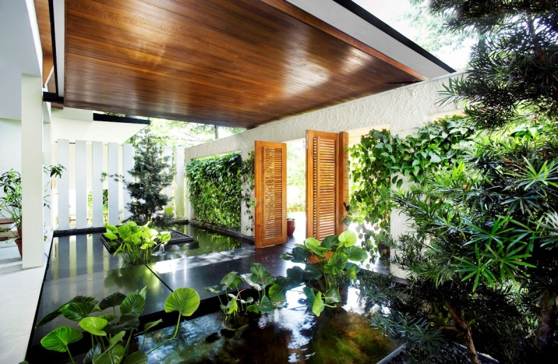 Dream Home Enhanced by Vegetation-Rattan House by Guz Architects in Singapore