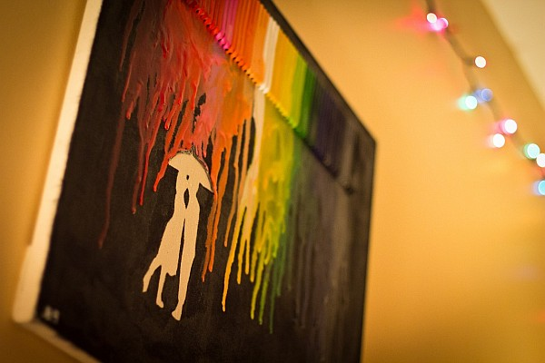 Smart DIY Melted Crayon Art Project Adding Color To Any Decor [Video ...
