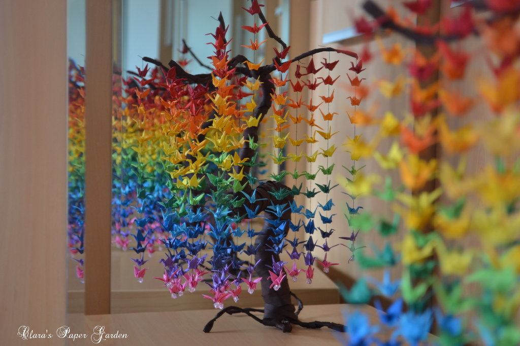 Guide on How to Create a Colorful Rainbow DIY Crane Curtain [Detailed Instructions] homesthetics (11)