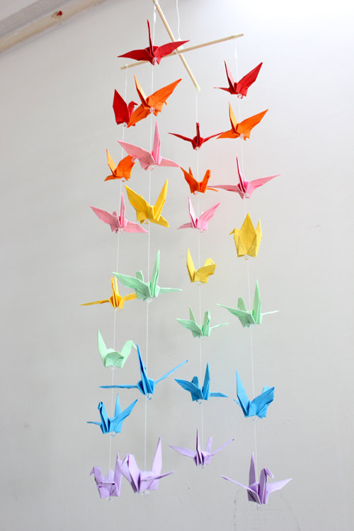 Guide on How to Create a Colorful Rainbow DIY Crane Curtain [Detailed Instructions] homesthetics (8)