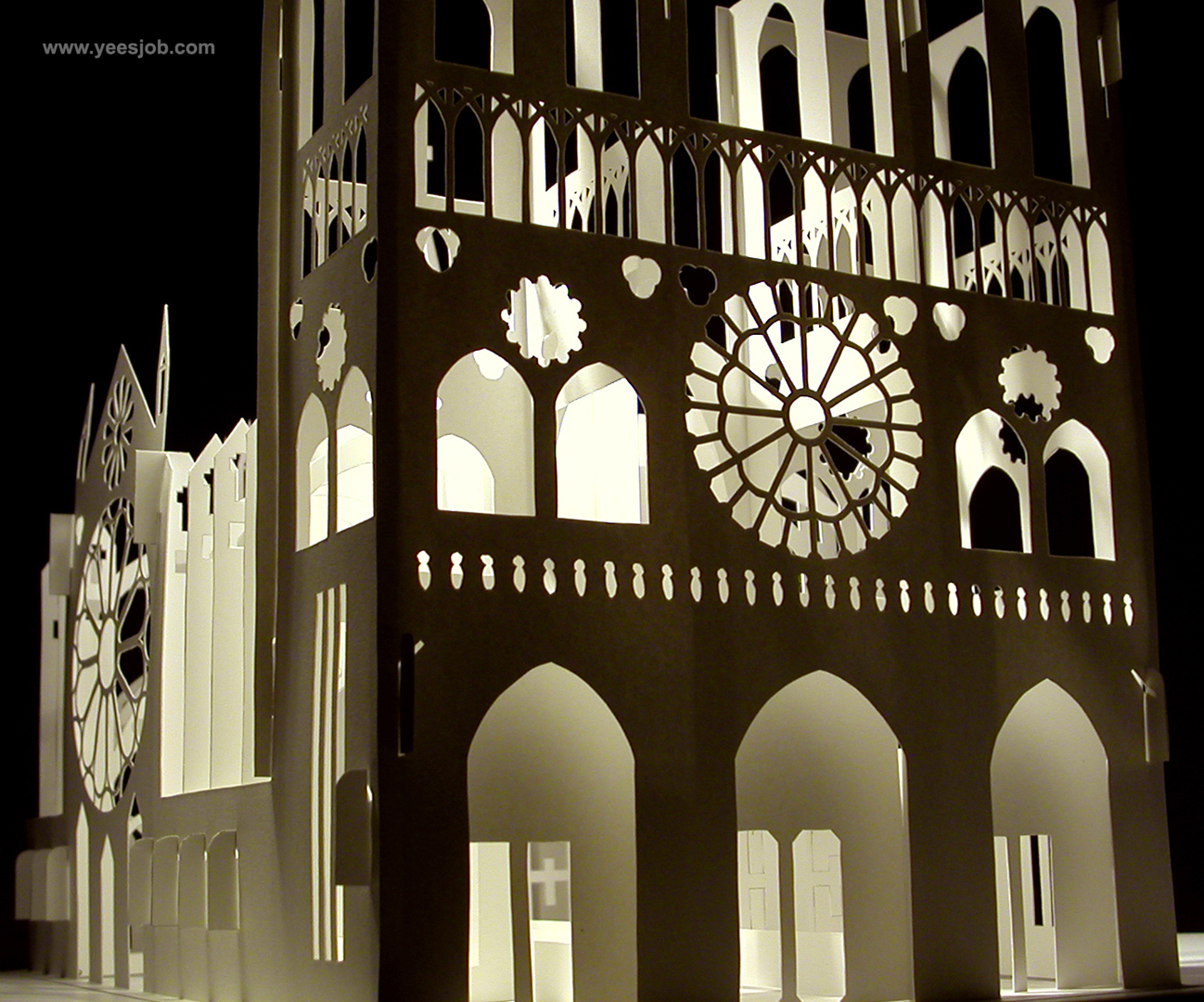 Notre Dame Cathedral -180-Degrees-Open Pop up DIY Kirigami Architecture