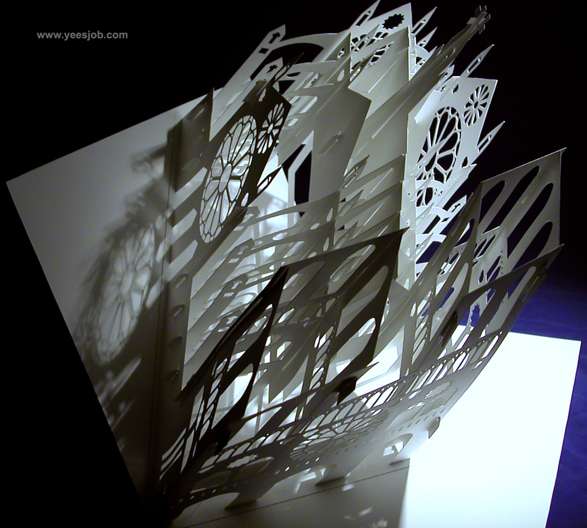 Notre Dame Cathedral 180 Degrees Open Pop Up DIY Kirigami