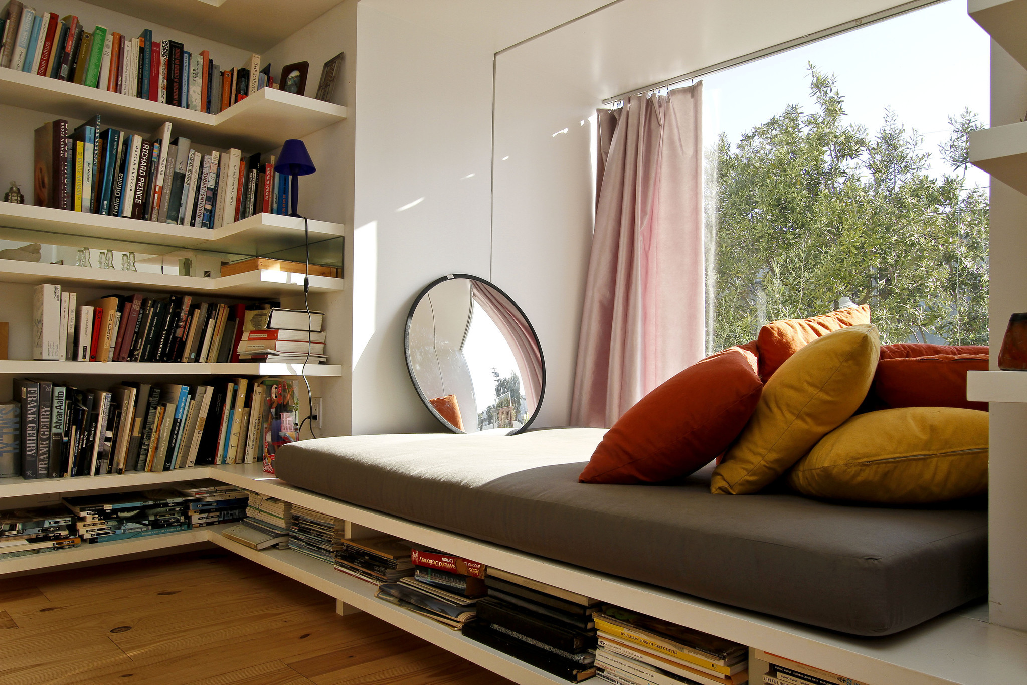 Top 27 Cozy Reading Nooks That Will Inspire You To Design e for Yourself In Your Home