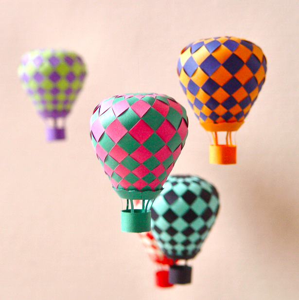 Craft Ideas With Paper For Kids Part - 33: Hot Air Paper Balloons Decorations