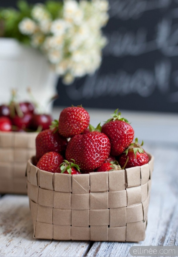 8. DIY FRUIT PAPER BASKET