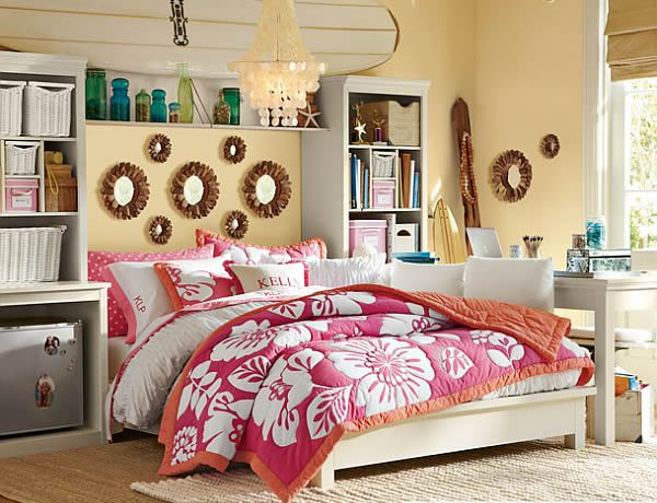 Large Young Teenage Girls Bedroom Design