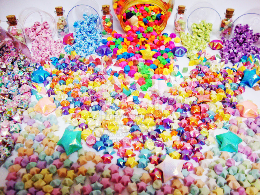34. TONS AND TONS COLORFUL PAPER STARS