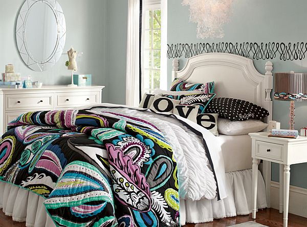 Young Teenage Girls Bedroom Idea Subdued To Elegance