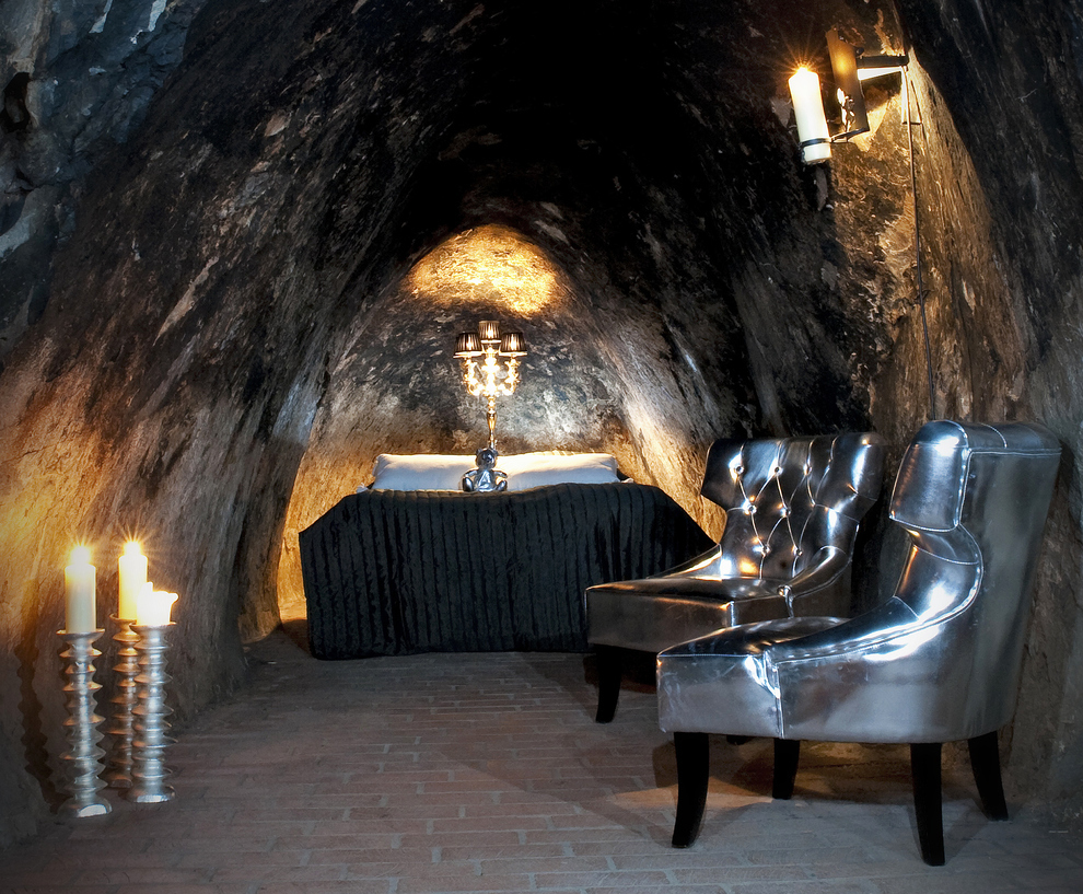 27 Incredible Underground Homes You'll Wish You Owned-homesthetics (17)