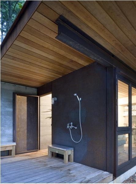 63 Outdoor Showers & Outdoor Bathtubs Exuding Supreme Tranquility and Serendipity homesthetics (20)