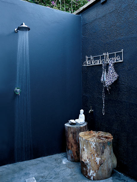 63 Outdoor Showers & Outdoor Bathtubs Exuding Supreme Tranquility and Serendipity homesthetics (25)