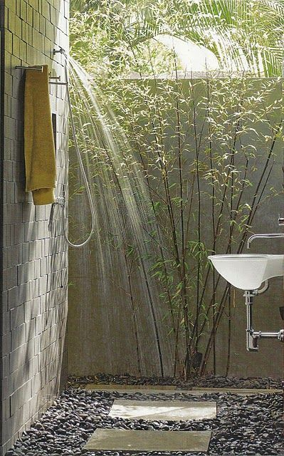 63 Outdoor Showers & Outdoor Bathtubs Exuding Supreme Tranquility and Serendipity homesthetics (40)