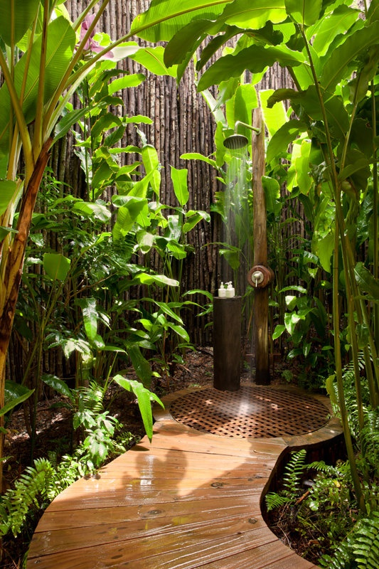 63 Outdoor Showers & Outdoor Bathtubs Exuding Supreme Tranquility and Serendipity homesthetics (41)