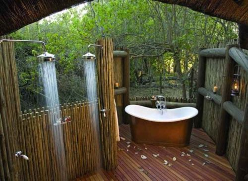 63 Outdoor Showers & Outdoor Bathtubs Exuding Supreme Tranquility and Serendipity homesthetics (45)