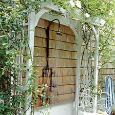 63 Outdoor Showers & Outdoor Bathtubs Exuding Supreme Tranquility and Serendipity homesthetics (49)