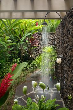 63 Outdoor Showers & Outdoor Bathtubs Exuding Supreme Tranquility and Serendipity homesthetics (56)