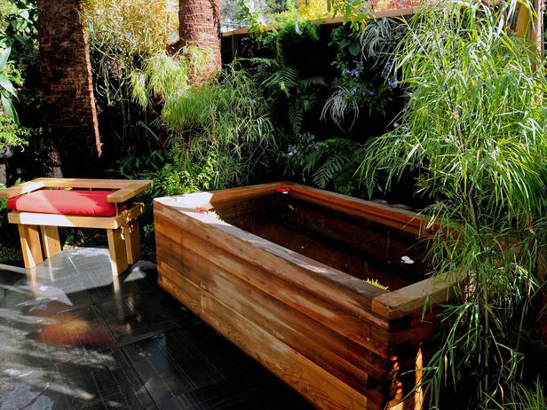 63 Outdoor Showers & Outdoor Bathtubs Exuding Supreme Tranquility and Serendipity homesthetics (7)