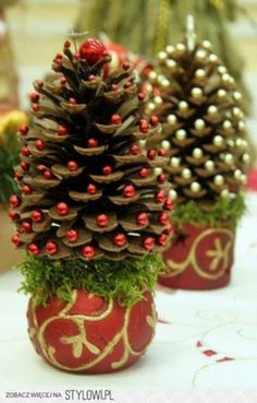 65 simply magical diy pinecones crafts that will beautify your christmas decor homesthetics 1 - How To Decorate Pine Cones For Christmas Ornaments