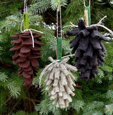 65+ Simply Magical DIY Pinecones Crafts That Will Beautify Your Christmas Decor Homesthetics (10)