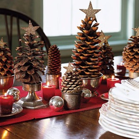 65 simply magical diy pinecones crafts that will beautify your christmas decor homesthetics 14 - Decorating Large Pine Cones For Christmas