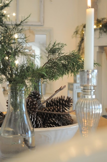 65+ Simply Magical DIY Pinecones Crafts That Will Beautify Your Christmas Decor Homesthetics (28)
