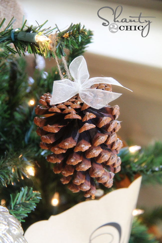 Simply Perfect Pinecraft Tree Ornament
