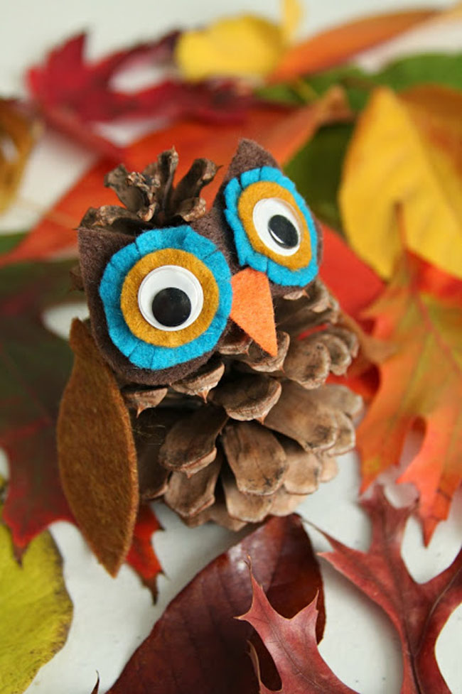 Creative Pinecone Turkey For Kids