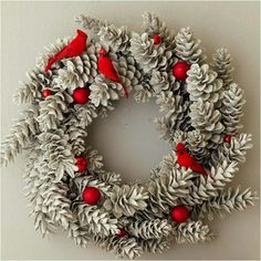 65+ Simply Magical DIY Pinecones Crafts That Will Beautify Your Christmas Decor Homesthetics (6)