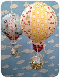 Beautiful Ideas On How To Decorate With Bulbs-homesthetics (17)