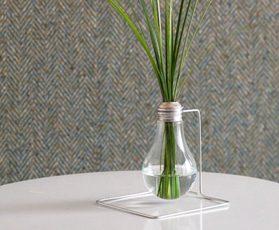 Beautiful Ideas On How To Decorate With Light Bulbs homesthetics (1)