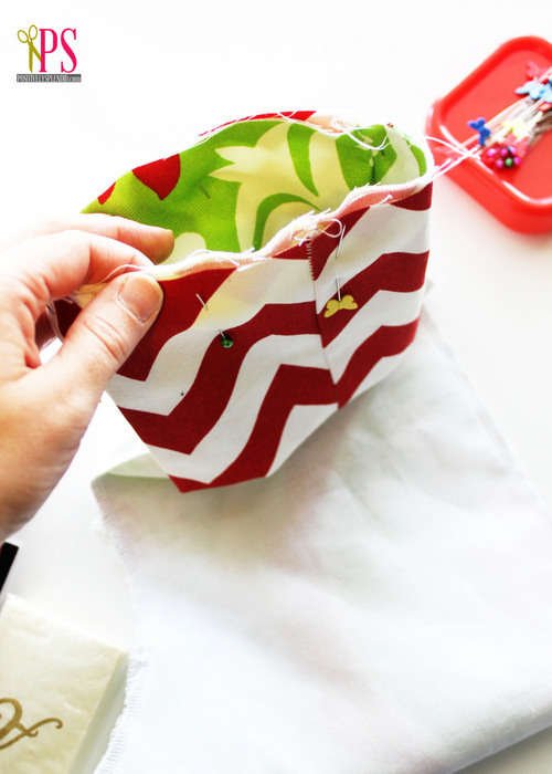Create Jolly and Magical DIY Christmas Stockings That Will Enchant Your Christmas homesthetics (8)