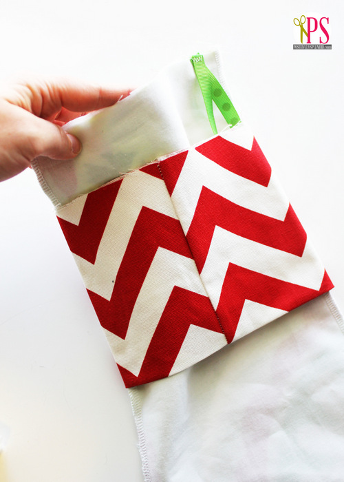 Create Jolly and Magical DIY Christmas Stockings That Will Enchant Your Christmas homesthetics (9)