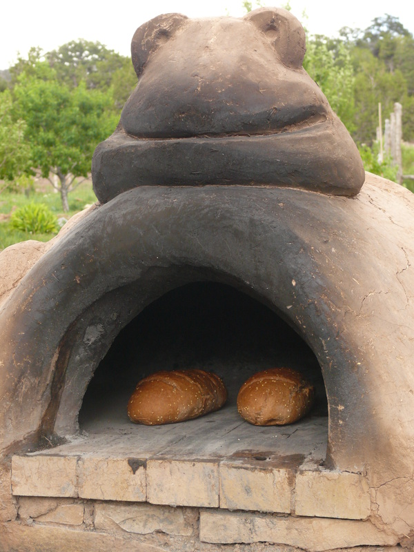 DIY Cob Oven Project-Outdoor Pizza Oven- Build Your Own For $20   homesthetics (16)