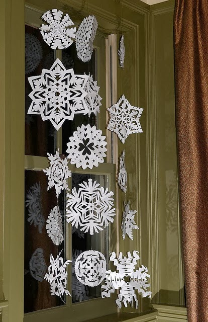 Snowflake curtain diy curtain menzilperde net for Paper curtains diy
